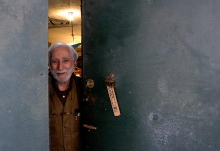 L'artiste Richard Nonas nous ouvre les portes de son atelier à New York.